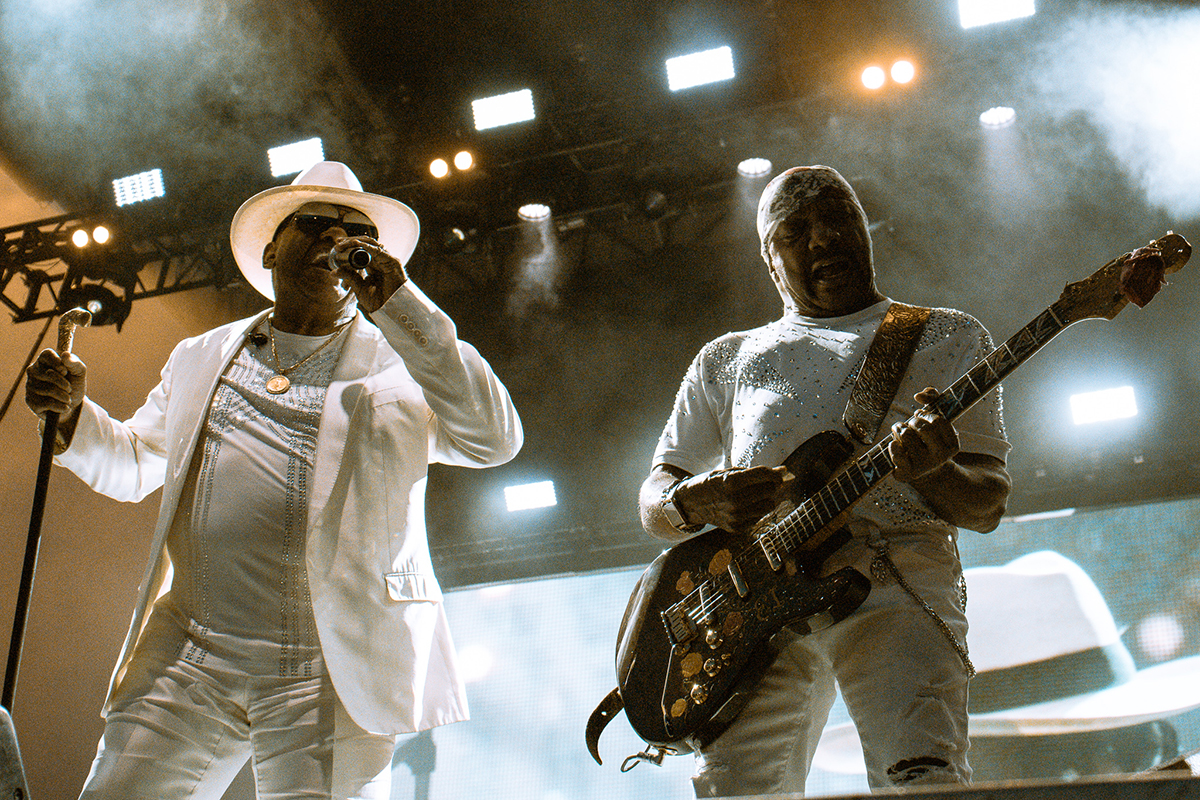 the isley brothers at pitchfork festival by manny diaz